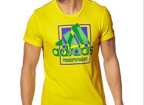 20eaa4a571a5 Štýlové pánske tričko Adidas s okrúhlym výstrihom a úzkym strihom. Výrazné  logo a potlač na. Slovensko Oblečenie