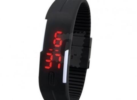 Športové silikónové LED hodinky v čiernej farbe 0b044ae96a