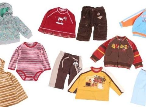 c305e7719 Balíček 10 kusov zimného oblečenia pre chlapcov vo veľkosti 80.
