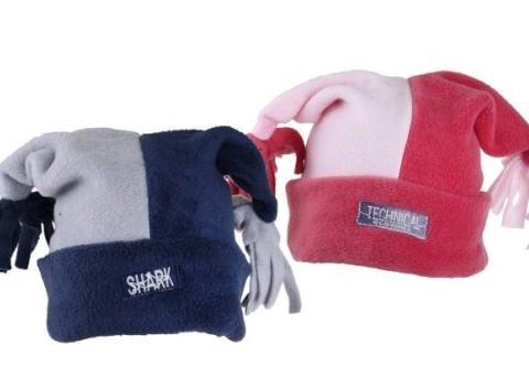 efb83ccdc Detská zimná čiapka s ozdobnými strapcami na koncoch. Rôzne farebné  prevedenia.