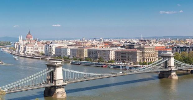 Čaro Budapešti si môžete vychutnávať po celý rok, pretože hlavné mesto Maďarska má čo ponúknuť bez ohľadu na ročné obdobie.