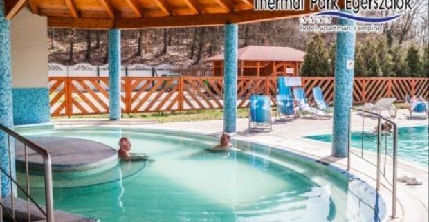 Relaxačný pobyt v luxusnom maďarskom hoteli Thermal Park Egerszalók**** pre dvoch s neobmedzeným vstupom do wellness a termálnych bazénov.