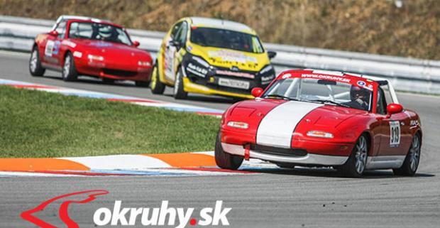 Porovnajte si svoje schopnosti jazdca s kamarátmi na jednom okruhu! Zážitok počas parádnej jazdy na Mazde MX-5 na Slovakia Ringu.