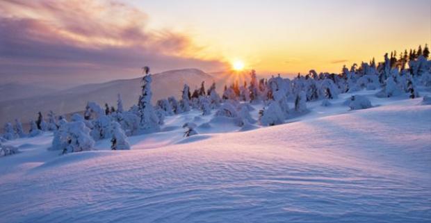 Čerstvý horský vzduch a krásna príroda, ktorá vás vyláka von k dlhým horských túram. Taká môže byť jarná dovolenka v Beskydách.