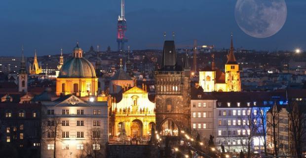 Vychutnajte si vo dvojici krásy stovežatej Prahy. S ubytovaním v malebnej časti Žižkov máte k centru kúsok. Pobyt na 2, 3 alebo 4 dni.