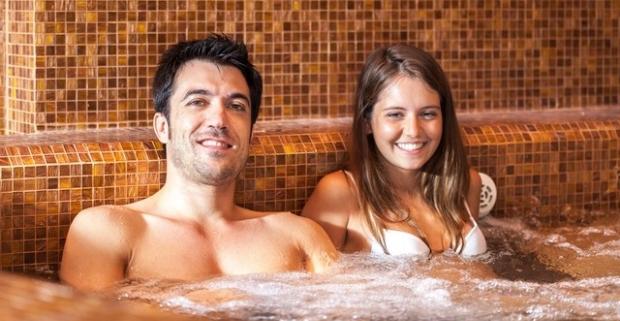 Doprajte si relax, ktorý vám dobije stratenú energiu. Trojdňový wellness pobyt s AQUA - VITAL Parkom a polpenziou v Kúpeľoch Lúčky.