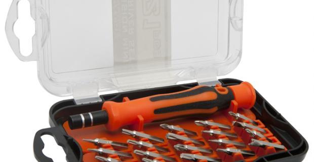 Moderná 21 kusová sada precíznych bitov. Nástavec s pogumovanou rukoväťou, uložená v praktickej plastovej krabičke.