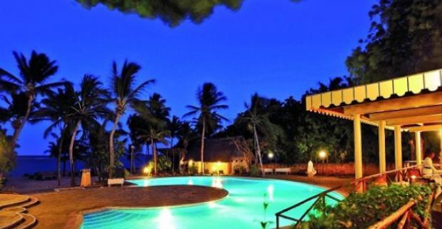 Vycestujte za vždy slnečným počasím do Kene! All inclusive dovolenka v luxusnom Diamonds Dream Of Africa 5*, letecky z Viedne.
