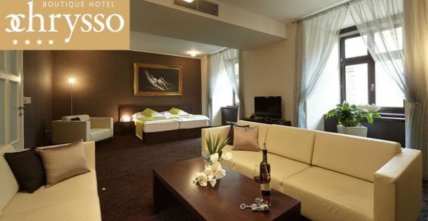 Vychutnajte si mestské čaro a krásu Košíc. V historickom centre vás ubytuje luxusný Boutique Hotel Chrysso**** s raňajkami a wellness.
