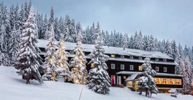 Vychutnajte si krásy prírody, jedinečný wellness a skvelú lyžovačku na hrebeňoch Veľkej Fatry s ubytovaním v hoteli Granit Smrekovica***.