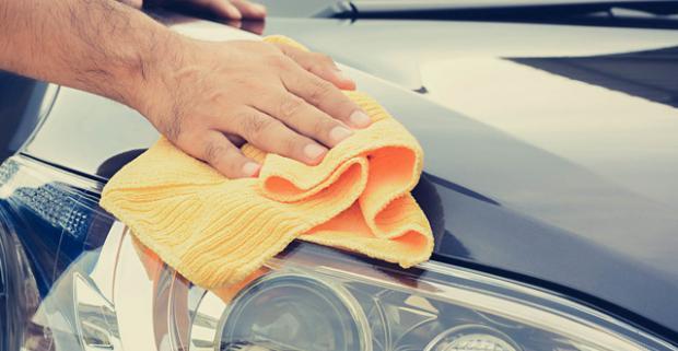 Čistenie interiéru a exteriéru auta s ochranou laku a možnosťou tepovania. Dajte si svojho miláčika dokonale vyčistiť zvonka aj zvnútra.