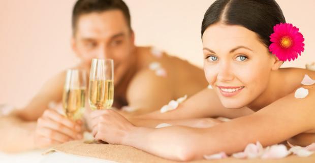Vychutnajte si nezabudnuteľné chvíle so svojou polovičkou počas Valentínského pobytu s wellness a polpenziou v Holiday Inn Trnava****.