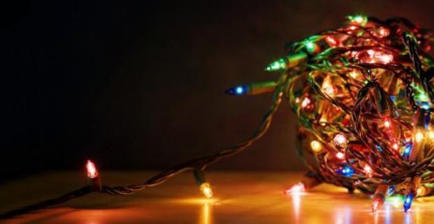 Dajte možnosť vyniknúť vášmu vianočnému stromčeku naplno s LED vianočným osvetlením, ktoré vytvorí dokonalú vianočnú atmosféru.