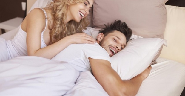 Zle spíte a chodíte unavení do práce? Zlepšite váš spánok s kvalitnou a modernou posteľou z masívu s matracom Aloe Vera od českého výrobcu.