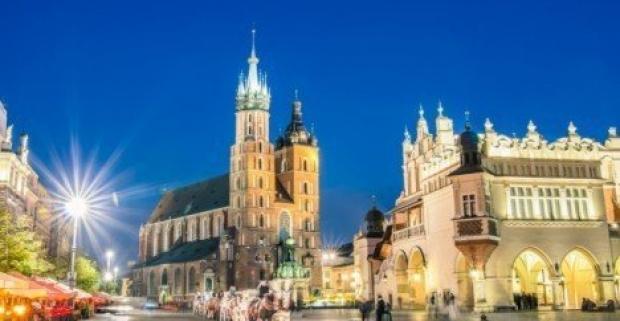 Krakov v romantickom hoteli s raňajkami, bazénom a saunou. Navštívte jedno z najkrajších poľských miest aj vy.