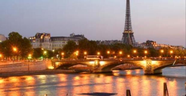 4-dňový zájazd do Paríža komfortným autobusom. Navštívite veľa múzeí napr. Múzeum Louvre je jedno z najväčších múzeí sveta.