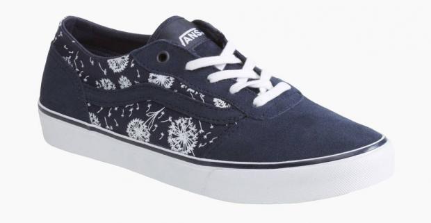 Dámske tenisky značky Vans. Jednoduchá a pohodlná obuv prevedená v  športovom dizajne vhodná aj ako darček pre každú ženu. 3a8ca9a7bc5