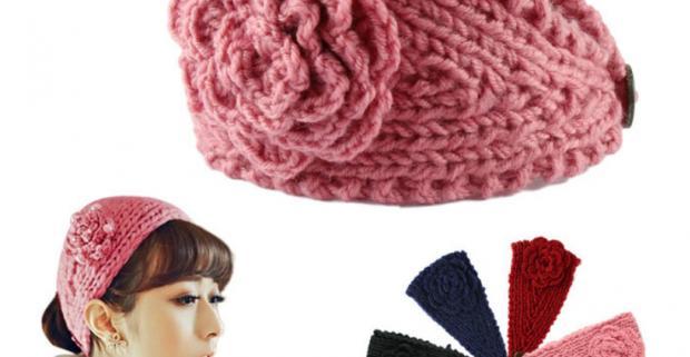 6766bda72ce Dámska pletená čelenka s kvetinou na zimu