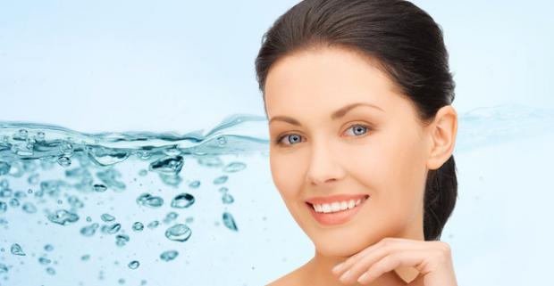 Ošetrenie pleti prelomovou technológiou OxyGeneo. Procedúra dosahujúca vynikajúce výsledky v starostlivosti o starnúcu pokožku.