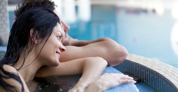 Načerpajte energiu a vychutnajte si relax v privátnom wellnesscentre pod hradom. Jakuzzi, sauna či uvoľnujúca masáž v salóne Lapé.