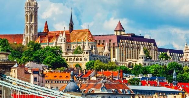 Spoznajte historické zákutia krásnej Budapešti. Pobyt pre celú rodinu v komfortnom Hoteli Atlas City*** v centre mesta s raňajkami.