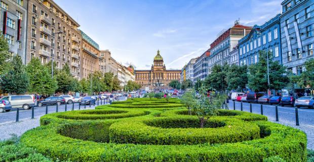 Spoznajte krásy a pamiatky stovežatej Prahy. Pobyt v hoteli Brixen*** s chutnými raňajkami, len 500 m od Václavského námestia.